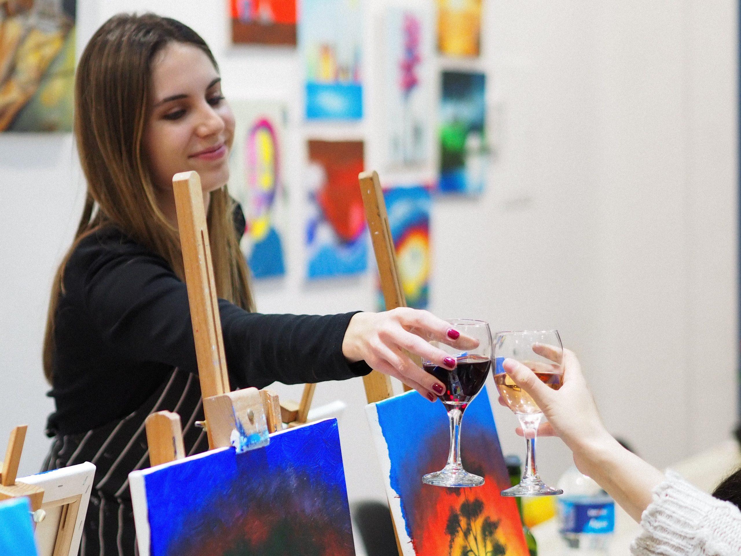 Experiencia de arte y vino